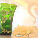 In the world one、To produce at an elegant flower vase