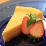 在排水優酪乳製作健康烤的芝士蛋糕
