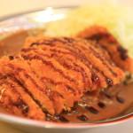 金澤咖喱的起源! 有趣的銀託盤,配上咖喱冠軍