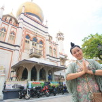 Arab street can enjoy the Golden mosque and shops