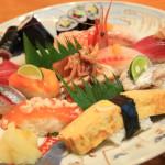 焼津港の地魚握りがいただける「兆治」の皿盛り