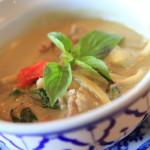 本格タイ料理「タイレストラン ラッタナー」のグリーンカレーは暑い夏に是非!