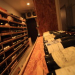 Free tasting of wines will be held once a month at Toyama wholesale wine shop 'carvelondo'
