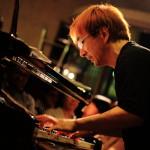 田町沙龍爵士樂栗家誠三重奏是巨大的成功!