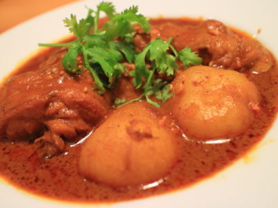 """好的甚至是最難的正宗泰國菜""""泰國拉丹那""""咖喱飯"""