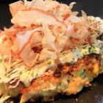 Okonomiyaki Kokoro heaven already produce flaky texture、During the moist fluffy delicious!