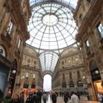"""義大利美麗的交叉-拱廊""""艾曼。"""