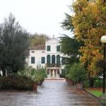 トレヴィソ郊外の「パーク ホテル ヴィラ フィオリータ」は公園に囲まれたホテル