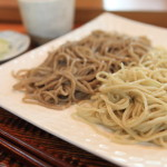 Soba buckwheat noodles House oomori's eat compared with at the same time taste the two species of buckwheat