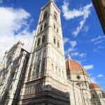新市場入口の幸せの「イノシシの像」とフィレンツェの人々が誇る「花の聖母の大聖堂ドゥオーモ」