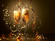 champagne-new-year-holidays-2544964-2560x1600