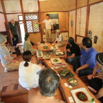In the Toyokawa coastal Wildflower cooking Vol.6 in Yutani House by Mr. Shintaro ajioka eating natsuno grass!