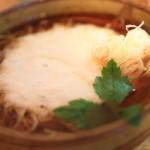 """我當時岳善財與用於""""蕎麥房子 oomori""""的新功能表蕎麥面和享受"""