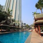 在曼谷半島酒店城市度假村游泳館 1 游泳和日光浴