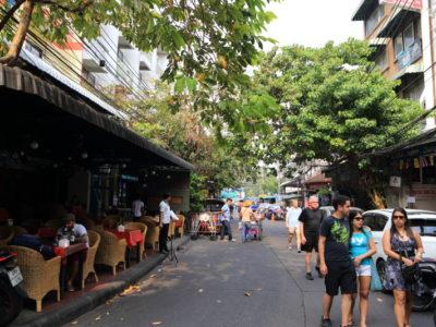 「ランブトリーロード」裏カオサンと呼ばれ静かな時間が過ごせる人気ストリート