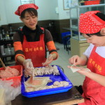 Wenzhou University 餛 飩 fresh handmade dumplings and soup are delicious Taiwan local food