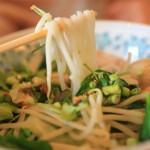「ラッタナー」本場チェンマイ出身のシェフが作る麺料理で食欲不振も撃退!