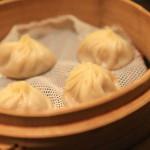"""吃長寶肖長小寶的著名""""鼎泰豐""""正宗臺灣和日本相比午餐的味道"""
