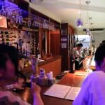 """""""先正達,UNO 51' 葡萄酒酒酒吧服務的對齊方式承諾菜"""