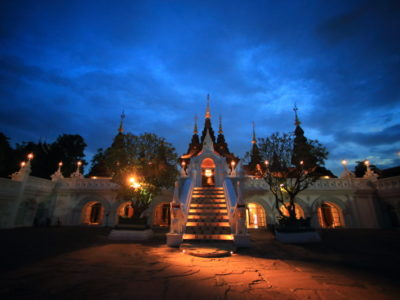 """Fascinated by the world of the night fantastic scenery """"Dhara Dhevi Chiang Mai"""""""
