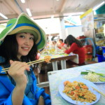 負擔得起的泰國菜午飯在公園 c 貸款市場攤位