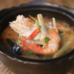 """The Siam"" Let's make authentic Tom yum cooking school!"