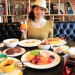 """amba台北西門町""""吃吧 chiba""""的色彩和各種自助式早餐"""