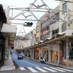 「熱海銀座商店街」昭和の面影を色濃く残し、懐かしさを感じさせる商店街周辺