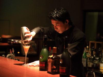 """Takashi TAKA"" lounge ""Hakone"" autumn night to enjoy the young bartender birth!"