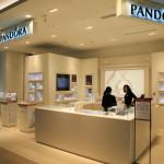 「PANDORA」デンマークの首都コペンハーゲンで創立されたジュエリーブランドの台北店!