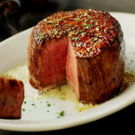 「ルースクリスステーキハウス」ニューオーリンズ発祥のアメリカンステーキハウスで熟成肉を堪能!
