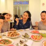 墾丁メーンストリート沿い人気海鮮レストラン「旅南活海鮮」豪快な海の幸料理!