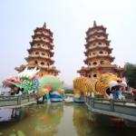 高雄屈指の観光名所とされる人気スポット「蓮池潭」一帯をぐるり散策