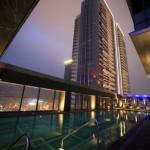 """Taipei Marriott Hotel 台北萬豪酒店"" 屋頂溫水游泳池,可欣賞到美麗的夜景,和健身中心!"