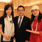 """Taipei Marriott Hotel"" Presented to the owner and his wife a silk of a is Matsui Kigyo traditional Japanese crafts!"