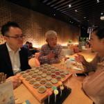 「シルクスプレイス台南」バー「水晶廊」にて兵法三十六計カクテルでゲーム!
