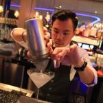「台北美福大飯店 Grand Mayfull」プールサイドバー「Cocoon」でカクテルを堪能