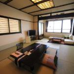 「加太淡嶋温泉 大阪屋ひいなの湯」加太の海を一望し穏やかな時を過ごす角部屋
