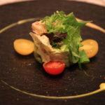 「GLION STEAK HOUSE」富山作家の器に盛り付けられた料理たち