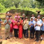 "To the palace ruins of Shakyamuni Buddha spent 29 years 'Kapilavastu""!"