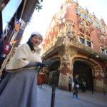 バルセロナ旧市街の雰囲気を楽しみながらカフェ&ショッピング!