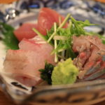 "Sticking to ""seasonal taste new or"" fresh local seafood in Izu peninsula, loved by the local Japanese restaurant"