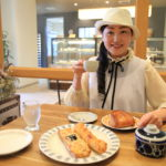 「プラスモンジュ」パリの風を感じてゆったりとした時間を過ごすパン屋