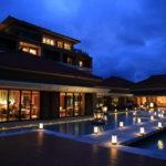 「ザ・リッツ・カールトン沖縄」温かな光が生み出す幻想的な夜のひととき